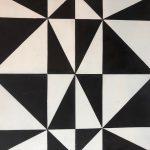 8X8 Aster Black White